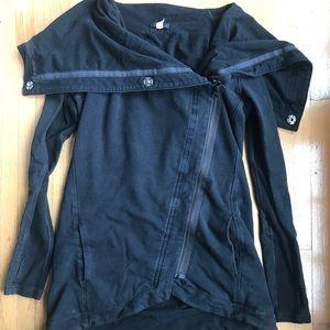 Lululemon Wrap Jacket - Size 6